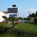 2 - Entrée du village de Nogent