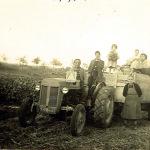 1955: tracteur agricole ....